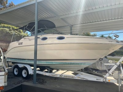 Sea Ray 240 Sundancer ***PRICE REDUCTION **IMMACULATE CONDITION**