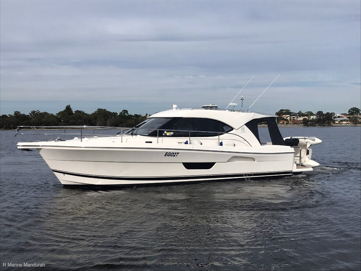 Riviera 3600 Sport Yacht *** DONT MISS OUT ON THIS ONE *** $ 415,000***
