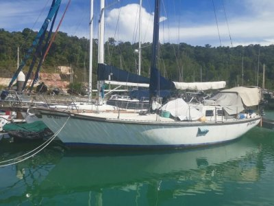 Endurance 40 for quick sale in Langkawi Malaysia