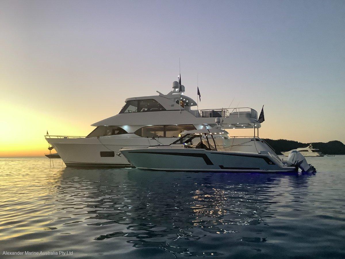 Ocean Alexander 88 Skylounge