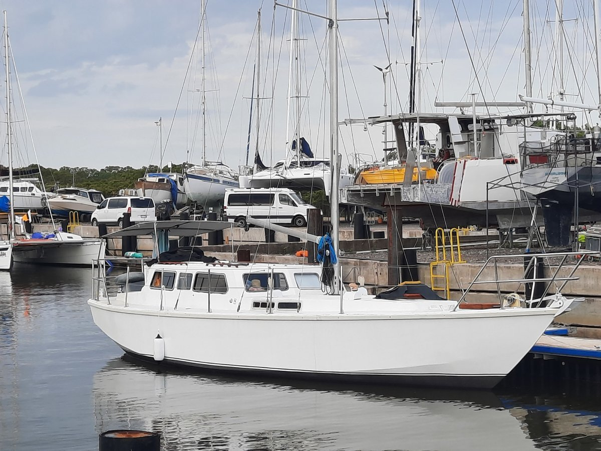 Bruce Roberts Mauritius 44 steel pilot house cruising sloop lauched in 2021