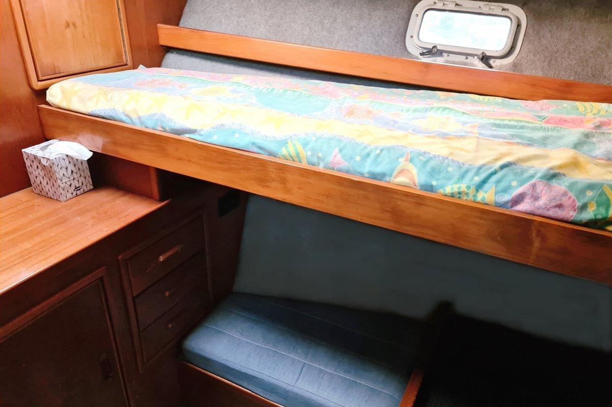 Riviera 35 Blue Water