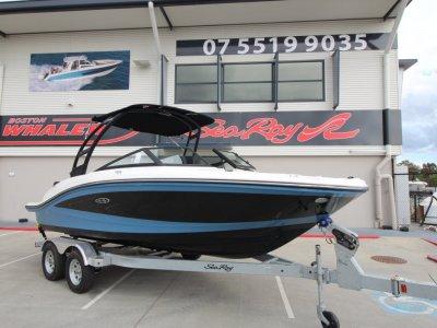 Sea Ray 190 SPX Bowrider