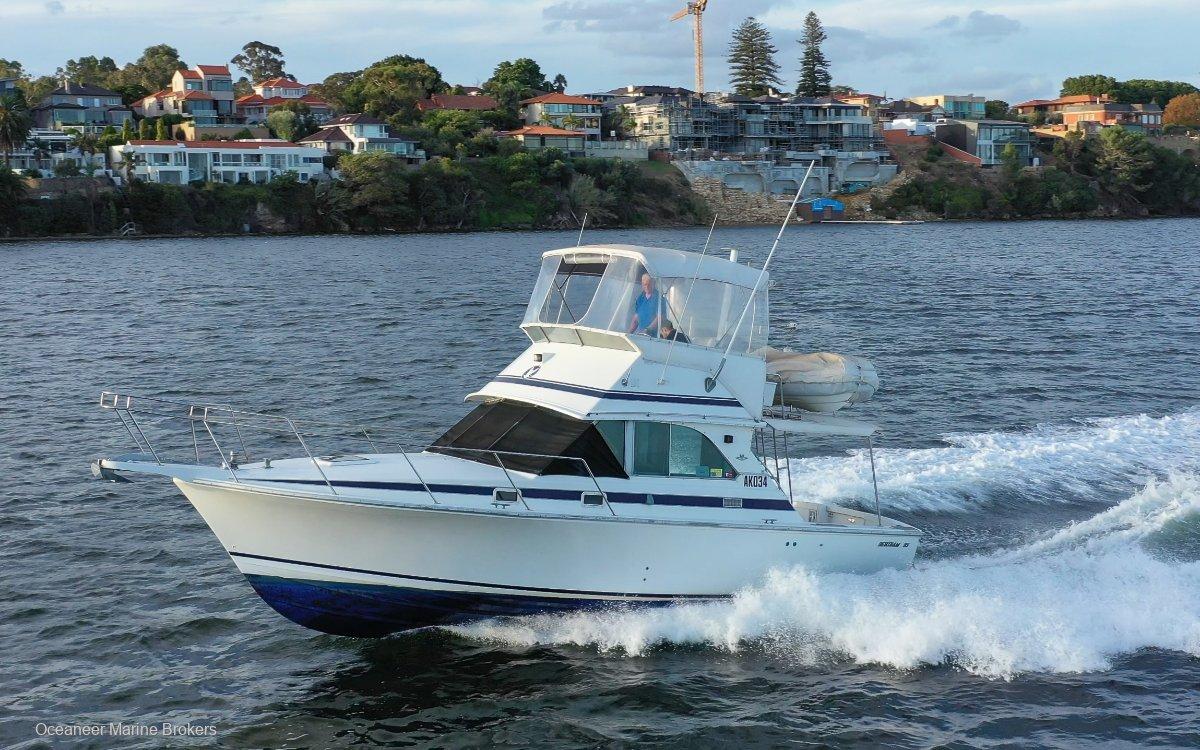 Bertram Caribbean 35 Flybridge *Volvo Diesels*