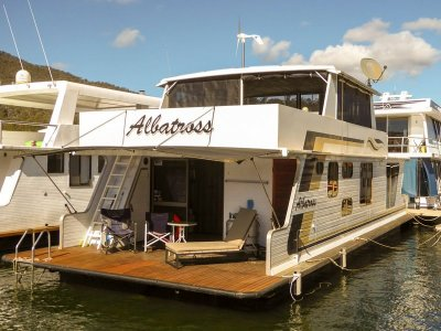 Albatross Houseboat