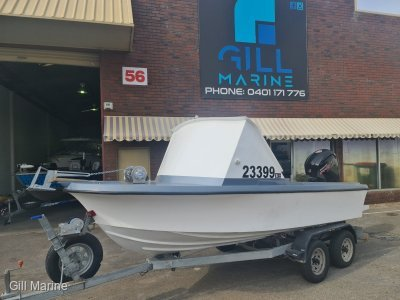 Penguin 4.8 Phantom custom spearing boat with a 2019 mercury 115hp!