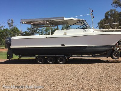 Powercat 2800 GREAT FISHING RIG WITH LICENCED TRAILER