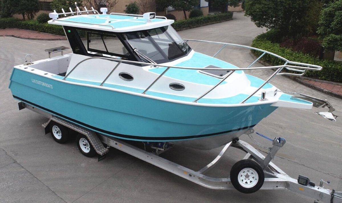 "Lux Custom Boats 8.2 Lc Hardtop "" DENNIS WALSH DESIGN """