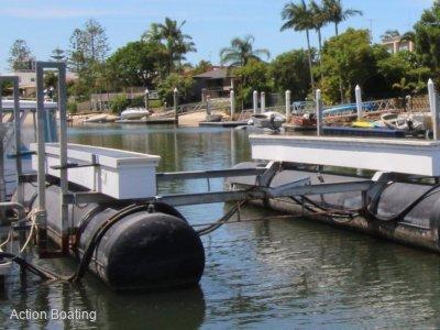 Hydro Superior boat lift