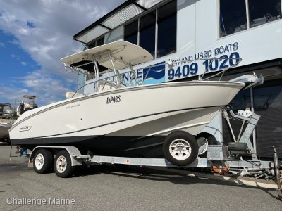 Boston Whaler 240