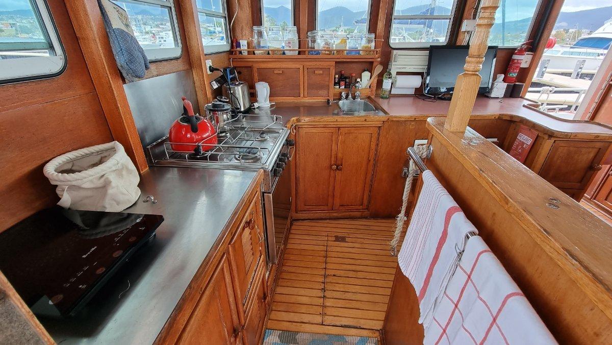 Sawyer 35 Pilothouse Motor Cruiser