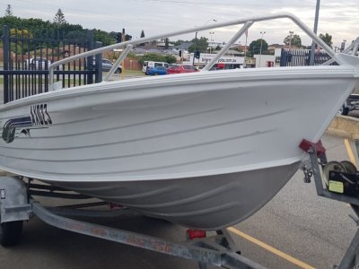 Quintrex 435 Broadwater Open Dinghy