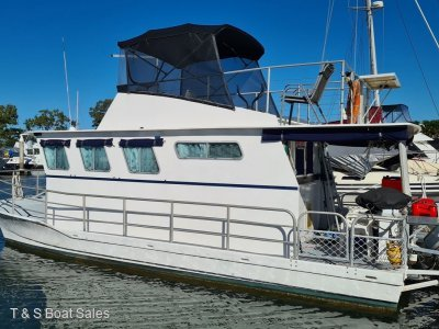 Harriscraft 28 Houseboat