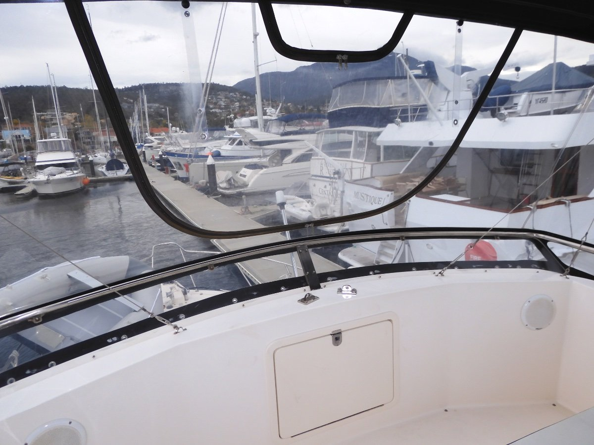 Riviera 36 Flybridge EXCELLENT CONDITION, QUALITY THROUGH OUT!