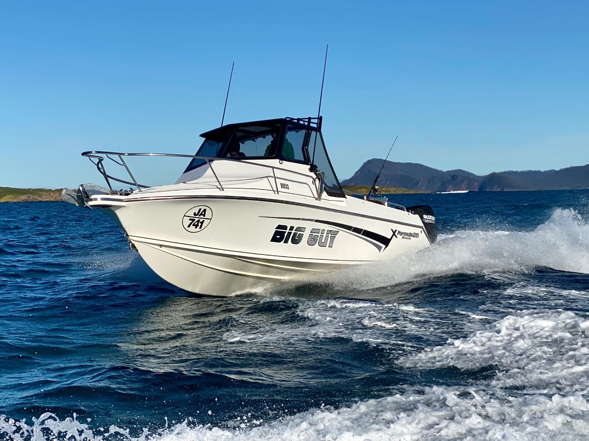 Formula 28 Extreme IMMACULATE CONDITION, SERIOUS FISHING VESSEL!