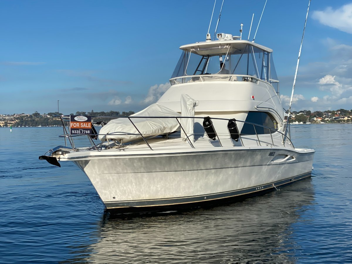 """Riviera 40 Open Flybridge """" FULLY OPTIONED """":RIVIERA 40 by YACHTS WEST MARINE ph 9335 7788"""