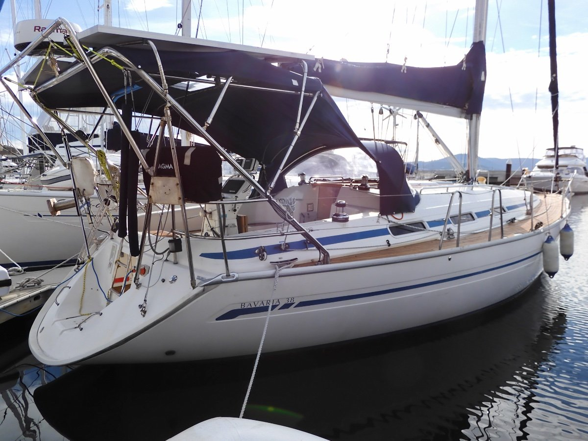 Bavaria 38 NEW SAILS & ELECTRONICS, EXCEPTIONAL CONDITION!