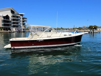 Mainship Pilot 30 Series 11 *** Semi displacement Lovely Lady *** SOLD***