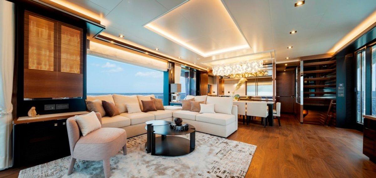 Horizon Yacht FD87 Skyline