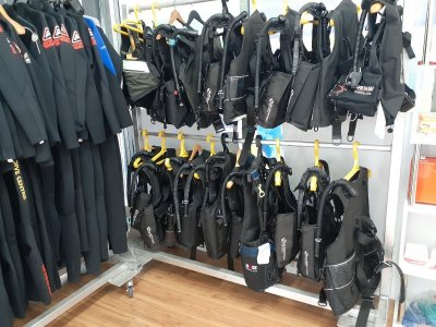 Want to start a Dive Shop or School