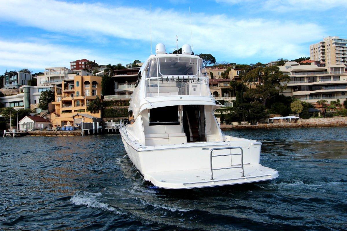 Riviera 56 Enclosed Flybridge