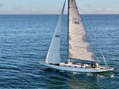 Charlie Peel Classic Yacht