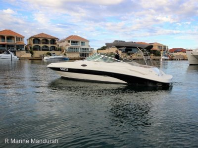 Sea Ray 270 Sundeck ***POWER GALORE, WITH PEN *** $59,999 ***