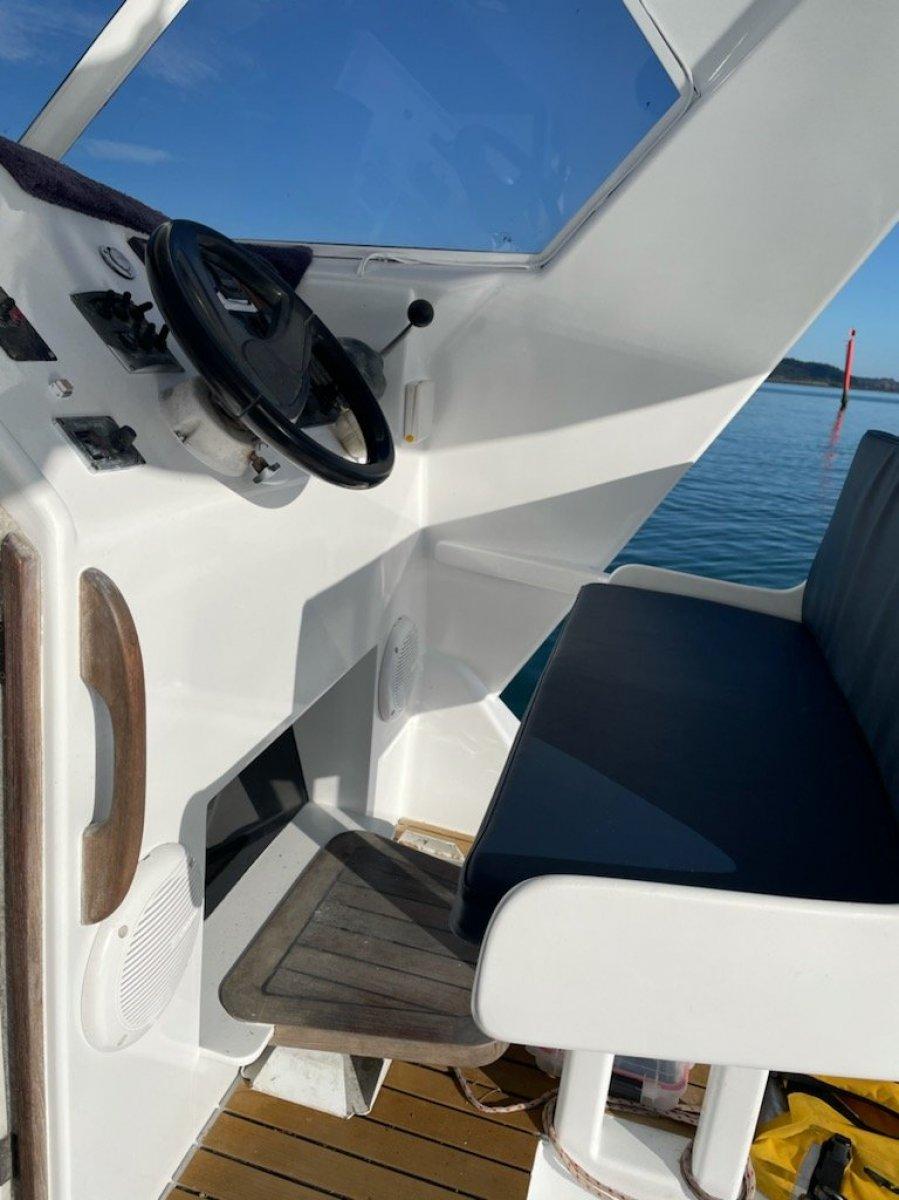 Sportsfisher Motorboat - 10.5meter Wavecrusher