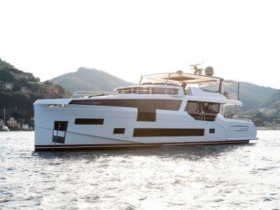 Sirena 88 AUSTRALIAS EXCLUSIVE DEALER FOR SIRENA MOTOR YACHT