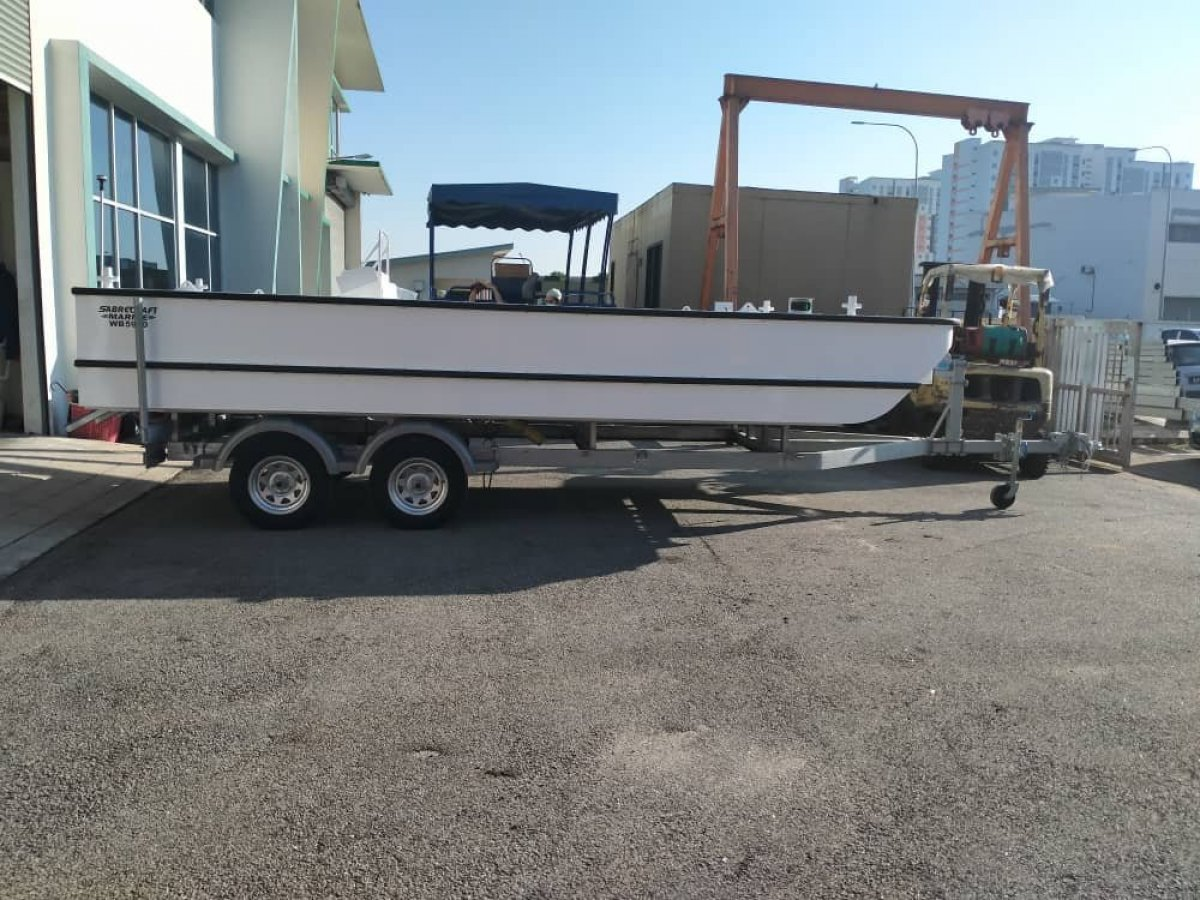 Sabrecraft Marine WB5900 Work Boat Punt