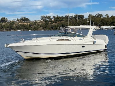 """Riviera M360 Sportscruiser """"NEW ENGINE AND DRIVE PACKAGES """""""