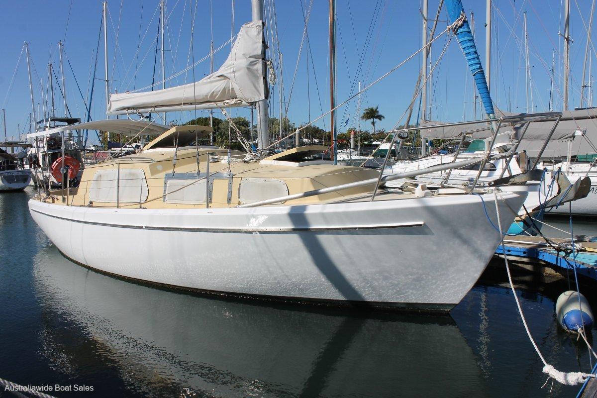 Halvorsen & Gowland 31ft sloop
