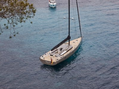 Y Yachts Y7 This stunning demo model presents like new!