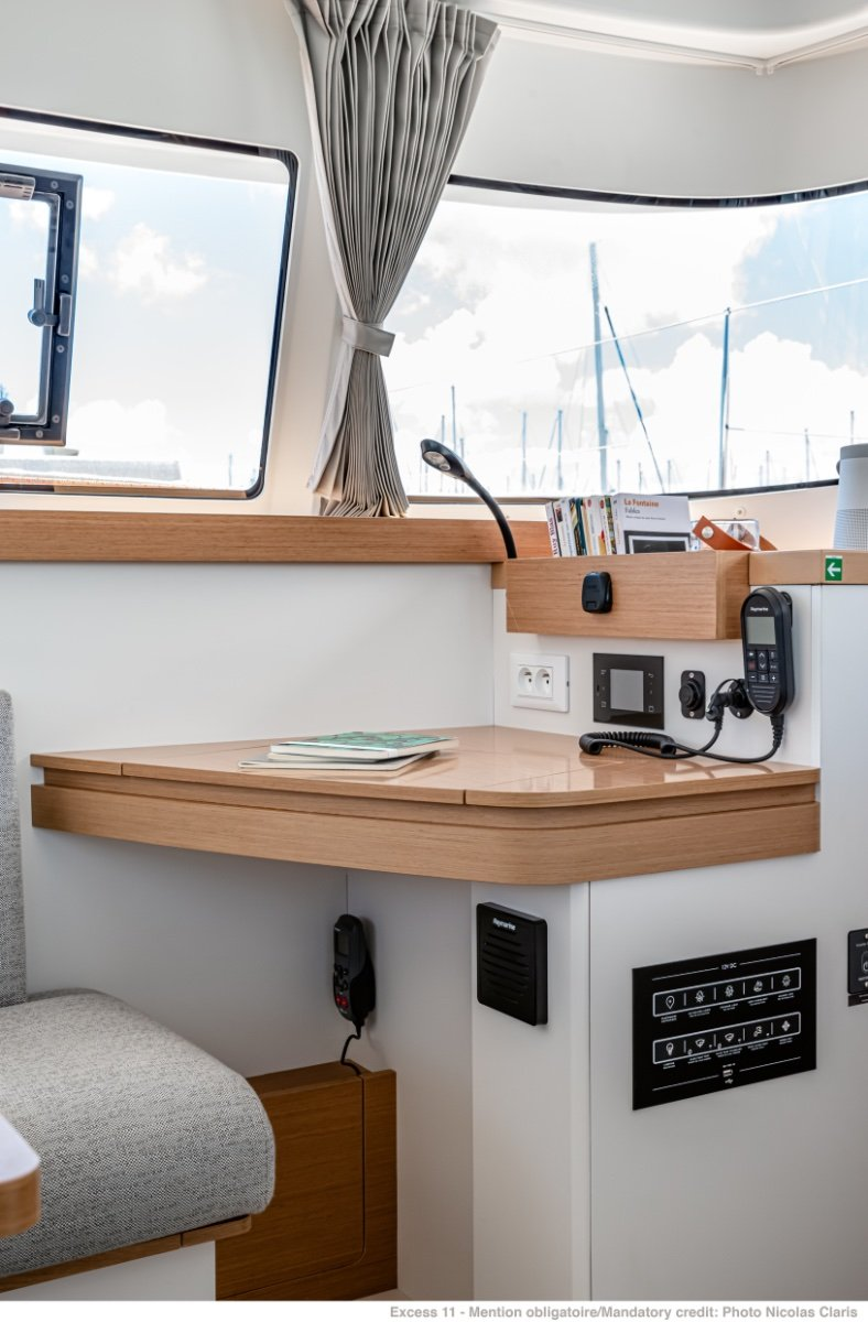 Excess 11 Hull 48