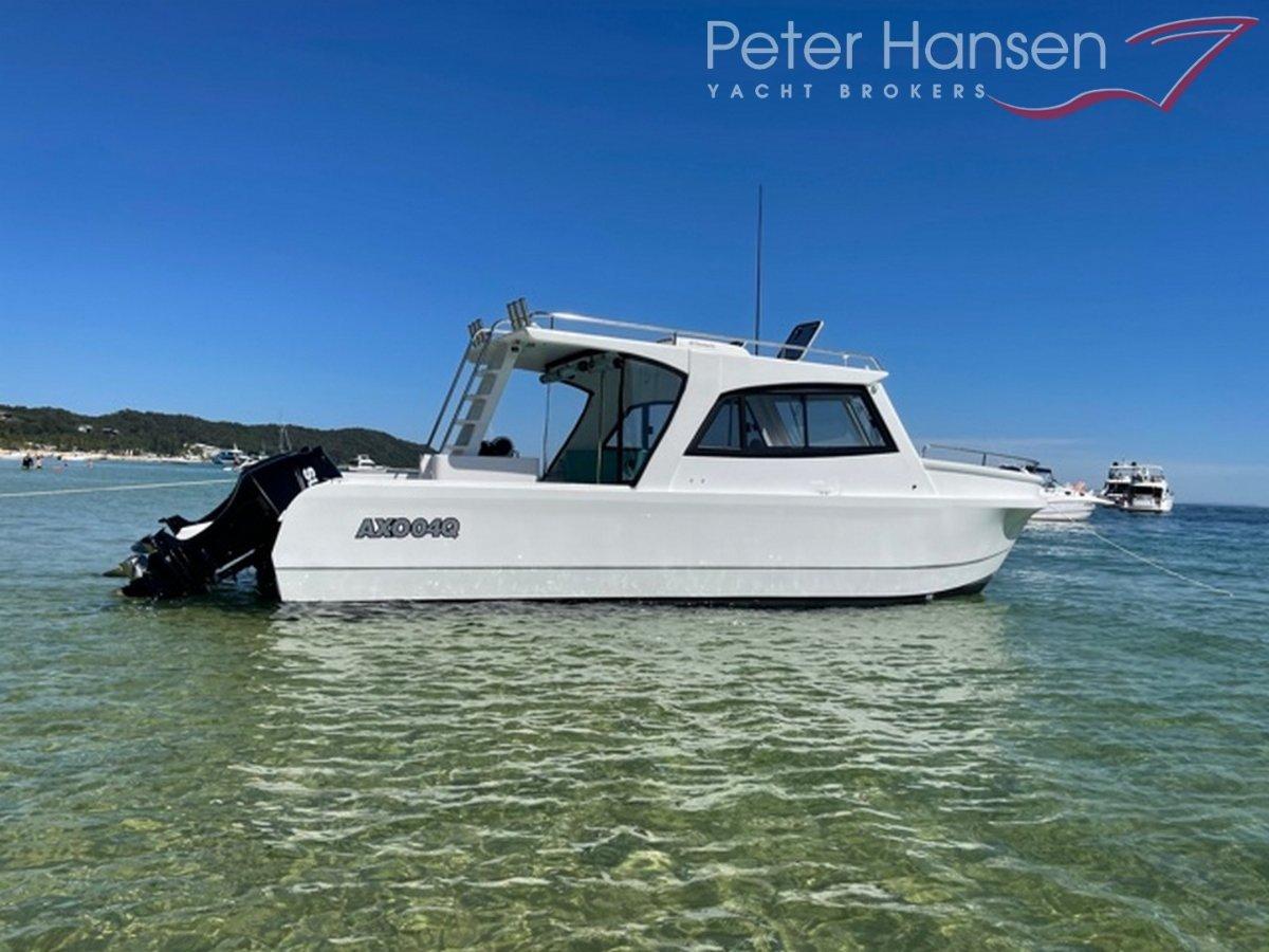 Shark Cat 2800 Power Catamaran