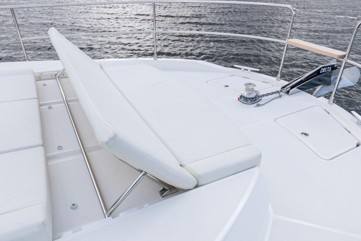 New Beneteau Swift Trawler 41 Sedan