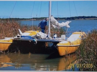 Seawind 24 Well Proven Safe Family Cruiser with Road Trailer