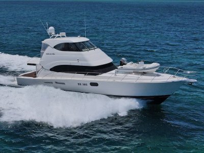 Riviera 56 Enclosed Flybridge ** Low hours and barely slept in **