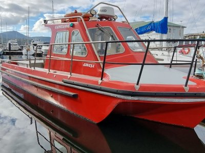 Hobson 8.5 Tri-hull Cab Workboat (2c survey)
