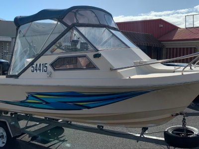 Hustler 17ft Cuddy Cabin with 2007 70hp 4 Stroke Outboard