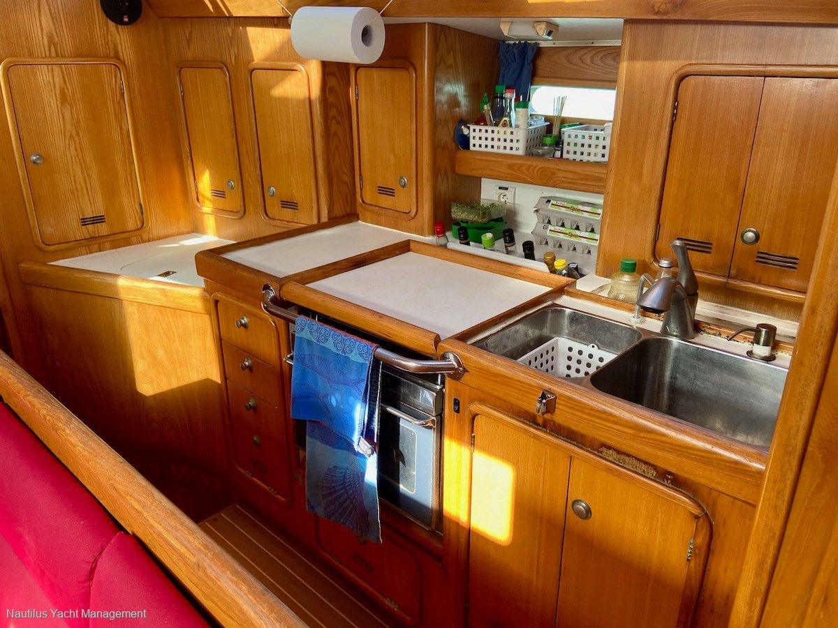 Alubat Ovni 435 Fully surveyed and equipped for unlimited cruising