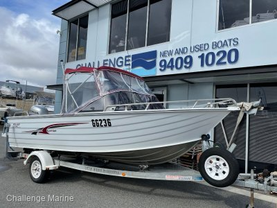 Sea Jay 5.65 Runabout Low hr 4 stroke and elec winch