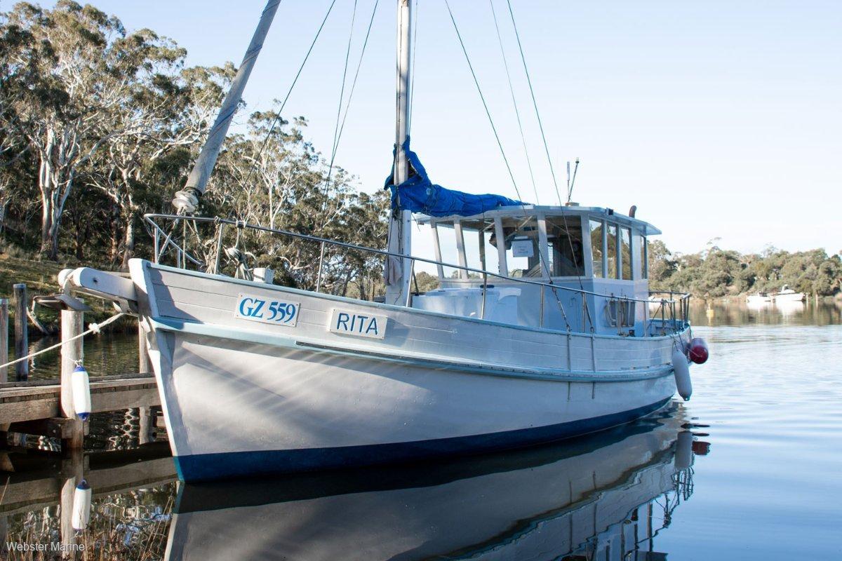 Cayzer Timber Cruiser ex Crayboat