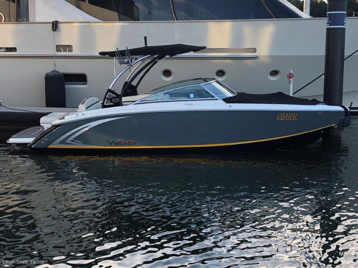 Cobalt R5 WWS Bowrider