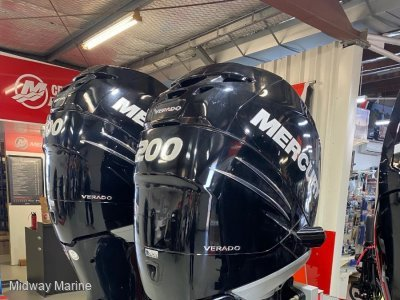 PRE OWNED TWIN MERCURY 200HP 4ST VERADO OUTBOARDS