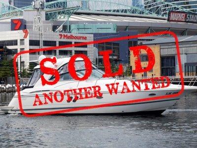Cruisers Yachts 420 Express - VOLVO IPS, JOYSTICK CONTROLS