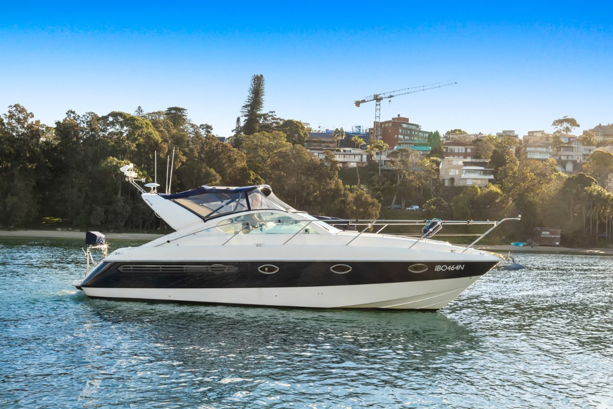 Fairline 34 Targa:Open or with covers for overnight stays.