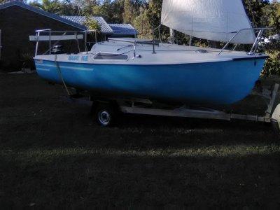 Dennis Yachts TS-500