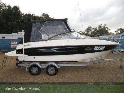 Bayliner 642 Cuddy Family / Social boat