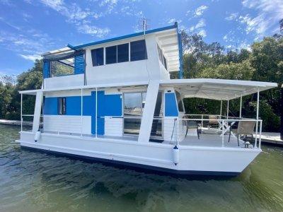 Custom House Boat